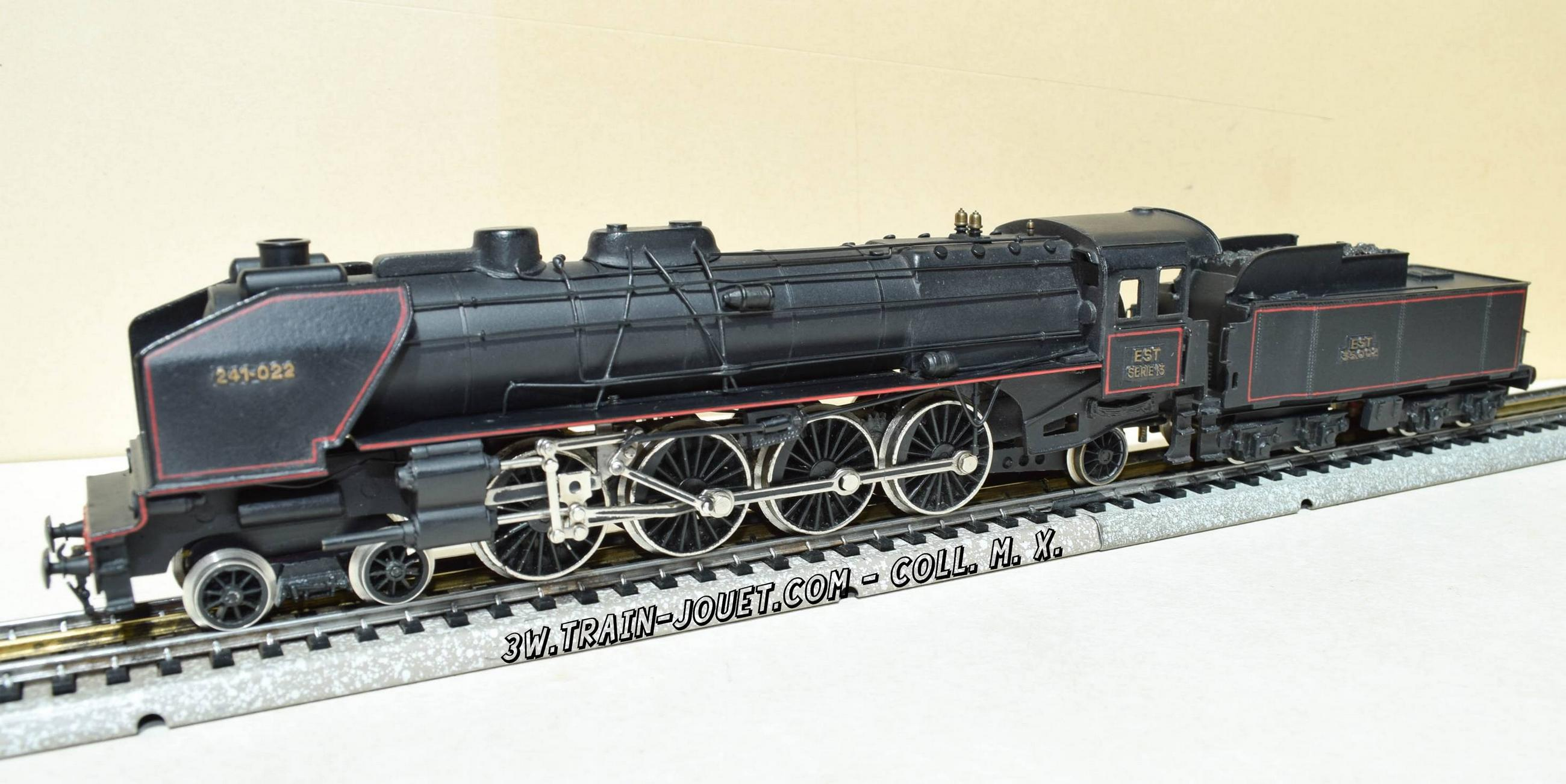 maison des trains locomotives en bronze superbe. Black Bedroom Furniture Sets. Home Design Ideas
